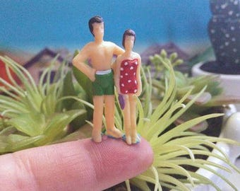 happy  beach peoples couple  perfect for miniature terrarium or diorama always combine shipping