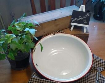 Enamelware Bowl/Basin Farmhouse Fruit Bowl White & Red Enamelware, Rustic Wall Decor, Enamelware Basin, Red Trim,, Kitchenware, Centerpiece