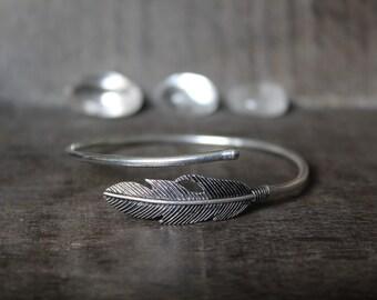 Feather Bangle Bracelet - 925 Silver