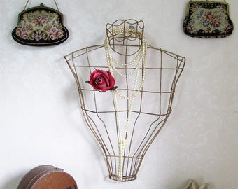 Vintage wirework mannequin bust~c1940s-50s~Wall hanging~Perfect for holding frou-frou fripperies in a girly boudoir~Original shop display