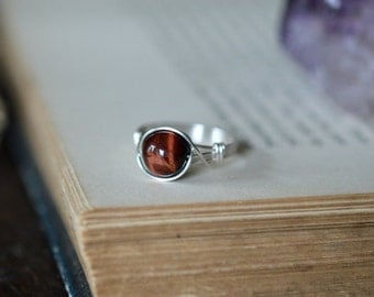 Red Tigers Eye Ring 925 - Wire Wrapped Ring - Harmony, Creativity and Balance - Gemini Birthstone