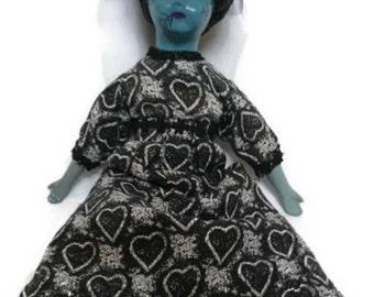 Horror Doll - Creeping Beauty Belladonna
