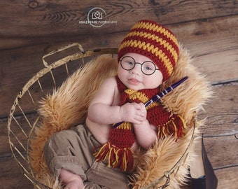 Crochet Harry Potter Baby Set/Harry Potter Hat and Scarf Set/Photography Prop -  House Color Hat with Matching Scarf