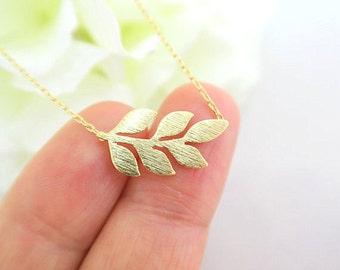 Laurel Leaf Necklace, Dainty Leaf Necklace, Simple Necklace, Tiny Leaf Necklace, Wedding Necklace,  Mother of the Groom, Bridesmaid Gift