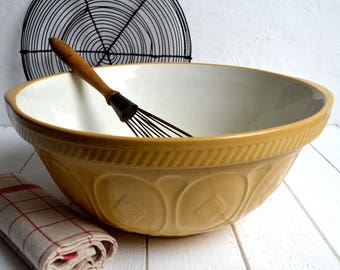 Large T G Green The Gripstand Ceramic Mixing Bowl English Vintage Bakeware Grip Stand