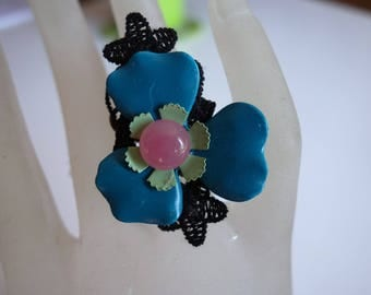 ring: opaline of the Woods.