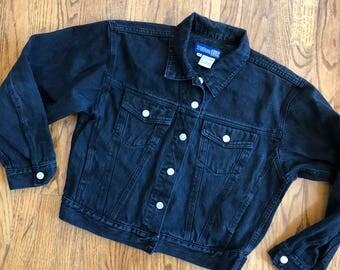 80s Cropped Black Denim Jacket !