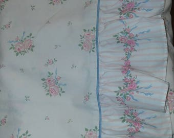 Vintage Twin Ruffled Flat Sheet Cabbage Roses Cottage Chic Shabby Chic Ruffles
