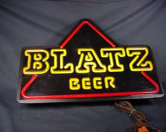 Blatz Beer Bar Light * Vintage Old Collectible * Non-Neon * Plastic