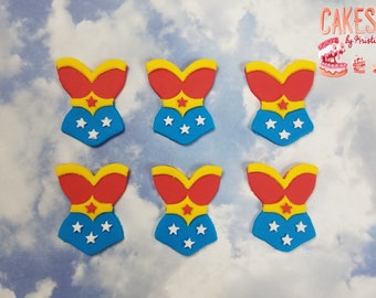 Wonder Woman Corset Fondant Cupcake Toppers: Set of 6 (MADE TO ORDER)