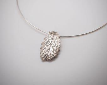 Leaf necklace silver 999 (metal clay)