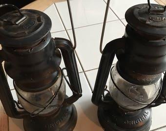 2 Original Deitz #76 kerosene black railroad lantern light - decour or use
