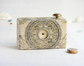 Medium format pinhole camera