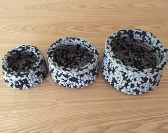 Set of speckled gray crochet baskets