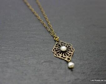Pendant bead, pearl pendant