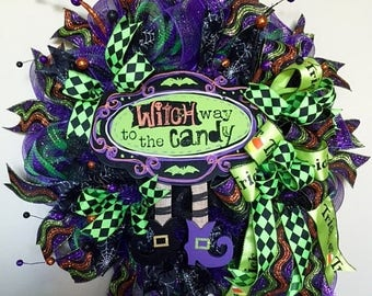 """Christmas in July Sale Halloween Wreath, """"Witch Way to the Candy"""" Halloween Wreath, Halloween Door Decor, Halloween Witch Wreath, Halloween"""