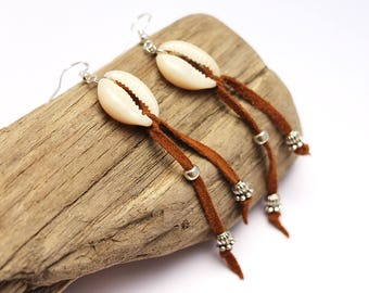 "Earrings ""Cowrie"" fringe leather Camel Brown"