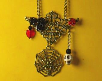 Romantic Halloween skull love pendant
