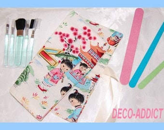 Kit makeup or pencil theme Chinese Kids
