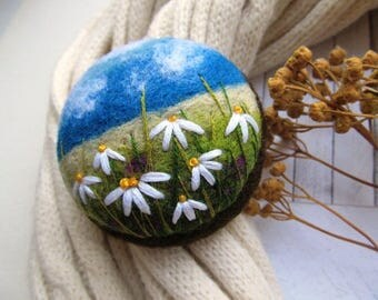 Women jewellery Embroidery yellow flower needle felted brooch Felt brooch pin for scarf Sunflower jewelry gift ideas  Felt dress brooch