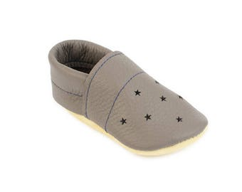 Baby shower gift / Star punch summer loafers / Eco-friendly rescued leather / Feet shaped barefoot moccasins / girl boy