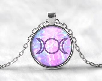 Mystic Triple Goddess Pendant Necklace. Moon Phases Necklace, Goddess Necklace, Pagan Jewelry, Pastel Grunge, Moon Jewelry, Boho, Seapunk