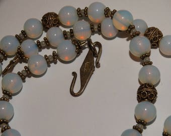 Vge Sterling Silver Opalite Beaded Necklace.