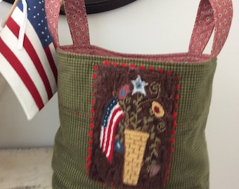 Charming basket with patriotic punch needle