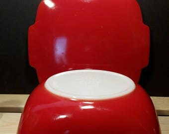 Vintage Pyrex Hostess Bowl with Lid
