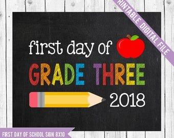 Grade Three Sign, First day of school sign printable, Back to School Printable Sign, First day of grade three, Grade 3 Chalkboard sign