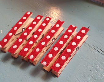 Set of 6 Polka-dot Clothespins / Red and White Polka-dot Pins / Decorative Pins