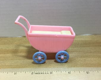 Dollhouse Renwal vintage plastic pink/blue baby carriage