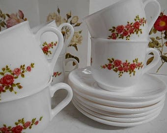 Arcopal France Cup and Saucers  ~  70s  Set of Six