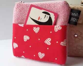 Harris Tweed Pink Pocket Coin Purse with Red Heart Fabric, #valentinesgifts, #giftideas, #GiftGuide, #giftsforher, #gifts, HandyMandy Purses