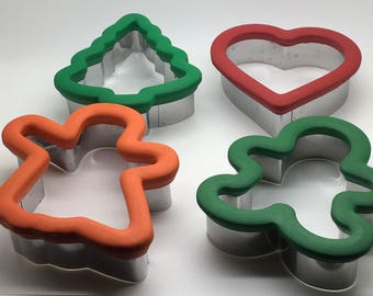 Wilton Comfort Grip Cookie Cutters  Christmas Tree  Gingerbread Man Ghost Heart Oversize  Sugar Cookies Play Dough Paper Art Bake Sale