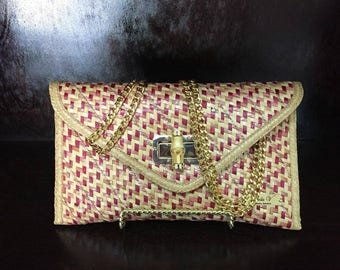 CleolaV: The Pink Aria Clutch