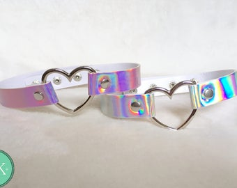 Holographic sweetheart eco leather heart choker pink/white