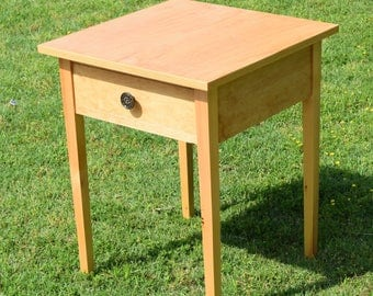 Shaker Nightstand with drawer