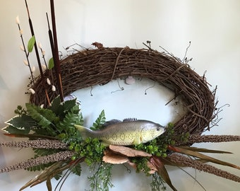 Oval Let's Go Fishin' Grapevine Wreath