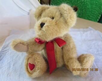 Boyd's Bears Willie B. Luved #82025