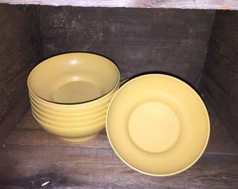 Tupperware Bowls, vintage x8
