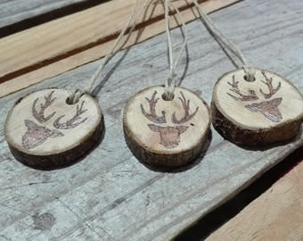 Pyrography deer wood slices