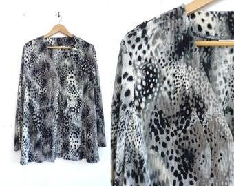 Cheetah Print Jacket.  Lightweight open front animal black white print tunic blouse jacket, crinkle ribbed fabric 90s Susan Garver medium