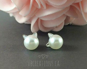 Pearl Cat Earrings - Cat Jewelry - Silver Jewelry - Dainty Earrings - Tiny Earrings - Cats - Cat Lovers - Friend Gift - Gift for her - Pearl