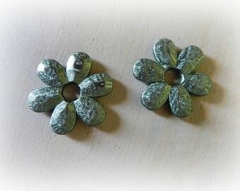 2 large beads green acrylic flower metallic 45 mm