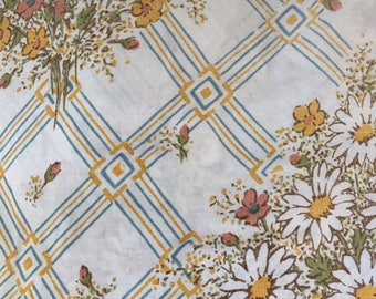 Vintage full size mix and match floral sheets/fabric