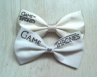 Game of thrones!! Free shipping!!! Cream colour bow tie with inscription. Winter is comingCotton Game of thrones bow tie. Unusual bow tie.