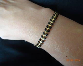 ears enamelled herringbone chain bracelet