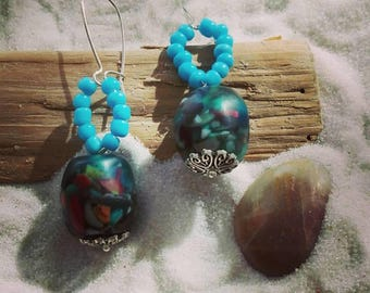 Indonesian resin and glass beads earrings