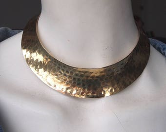 Stunning vintage Egyptian style hammered copper choker necklace 3cm wide